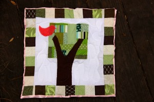 Mini quilt bird in tree